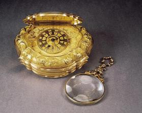 Snuffbox with Concealed Watch