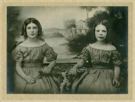 Portrait of Anna Louise Malsan and Julia Pauline Malsan